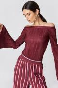 NA-KD Pleated Off Shoulder Top - Red